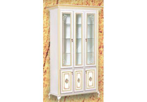 Витрина 3-х дверная