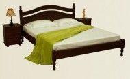 Двоспальні ліжка з дерева
